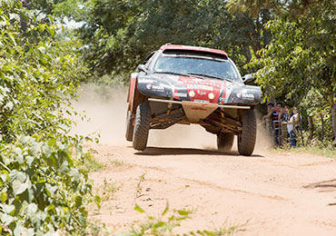 Le buggy de Philippe Croizon sur la route du Dakar